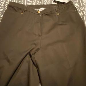 Woman's NWT Tanjay pants
